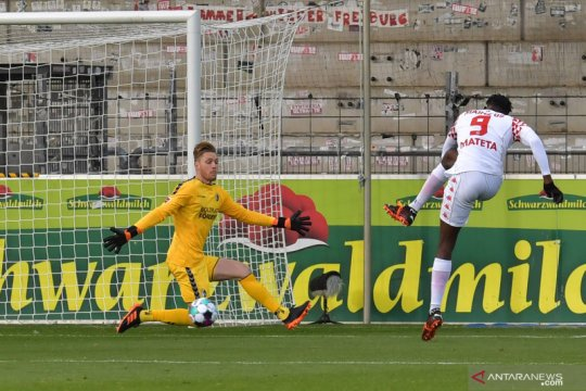 Hattrick Mateta bawa Mainz petik kemenangan perdana musim ini