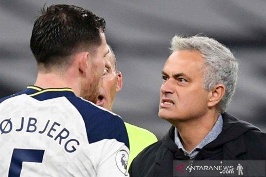 Tottenham Hotspur geser Chelsea dari puncak klasemen