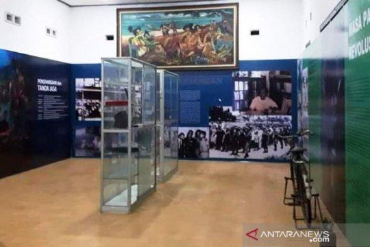 Museum pahlawan nasional A.K Gani gelar pameran keliling