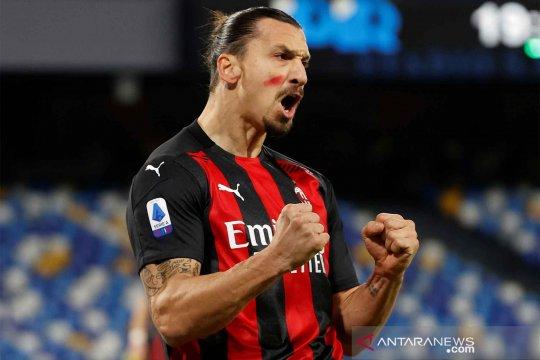 Menang 3-1 atas Napoli, Rossoneri kembali ke puncak klasemen Liga Serie A