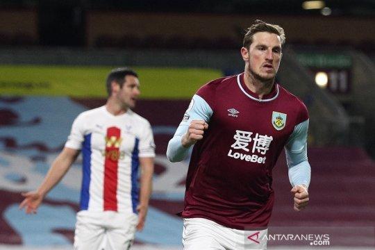 Burnley akhirnya petik kemenangan perdana setelah atasi Crystal Palace