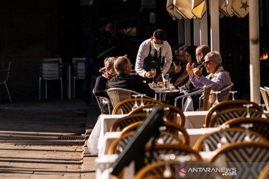 Pemerintah Spanyol ijinkan restoran dan bar dibuka kembali