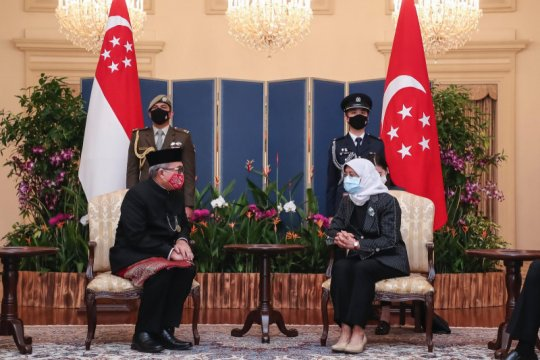 Suryo Pratomo serahkan surat kepercayaan kepada presiden Singapura