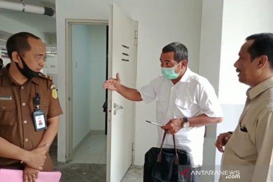 Mantan Kadis Perkim Kota Bima ditahan di Rutan Polda NTB