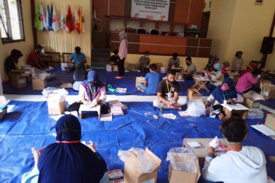 KPU Purbalingga: Proses pelipatan surat suara sudah tuntas