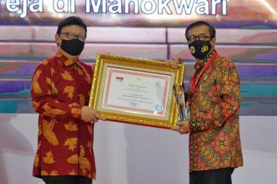 Yasonna tegaskan komitmen pelayananHAM usai terima penghargaan IPP