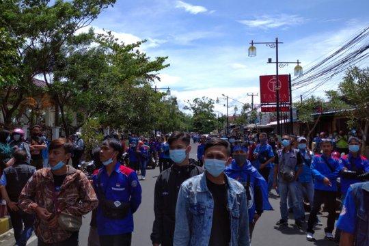 Antisipasi aksi buruh, Polres Cianjur tutup jalur protokol