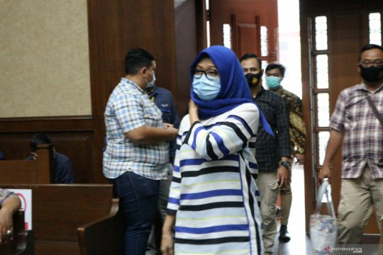 Anita Kolopaking akui seangkatan dengan mantan Ketua MA Hatta Ali