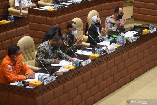 Raker Komisi V DPR dan Kemenhub bahas mudik Nataru