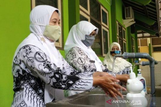 Anggota DPR minta pemerintah jelaskan hapus formasi guru dalam CPNS