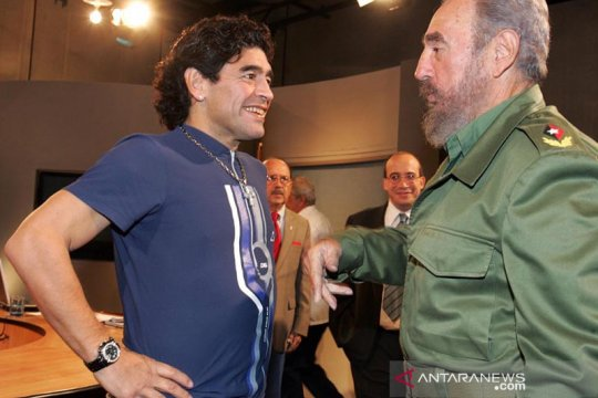 Maradona, sang legenda pahlawan kaum kiri Amerika Latin