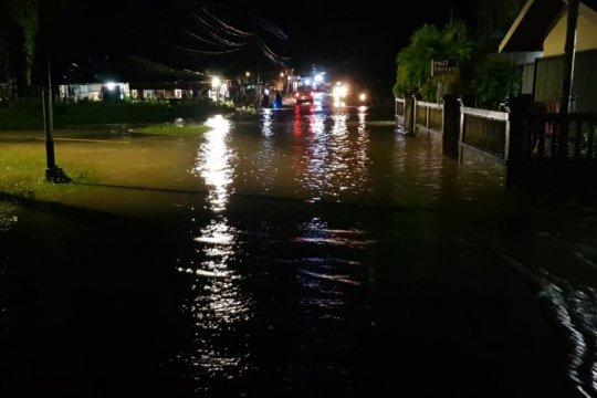 Banjir rob rendam puluhan rumah warga di Natuna