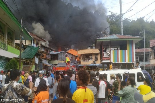500 orang kehilangan tempat tinggal akibat kebakaran di APO Kali