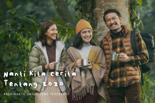 "Koleksi Uniqlo Fall/Winter 2020 di ""Nanti Kita Cerita Tentang 2020"""