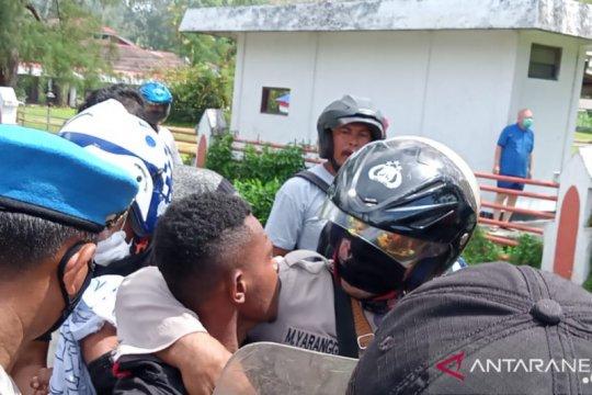 Polisi periksa tujuh orang terkait kericuhan di Sorong