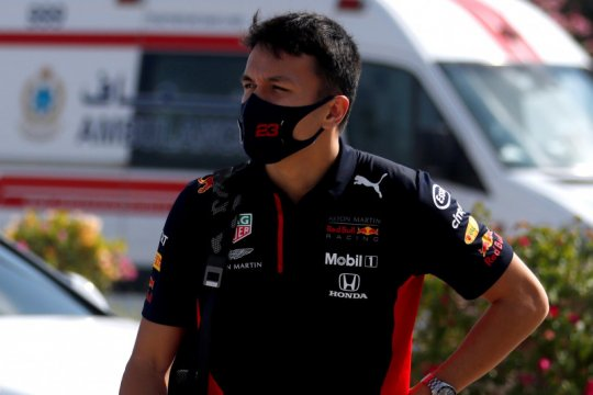 Albon fokus tiga balapan terakhir untuk buktikan diri ke Red Bull