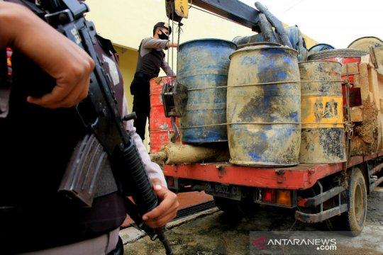 Polres Nagan Raya tangkap truk bawa BBM subsidi