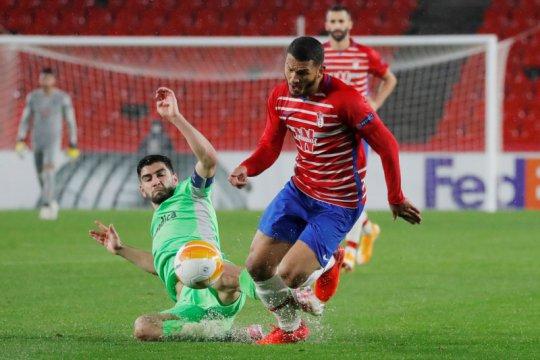 Gasak AC Omonia, Granada selangkah lagi lolos ke babak 32 besar