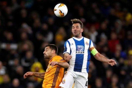 Western United rekrut mantan kapten Espanyol Victor Sanchez