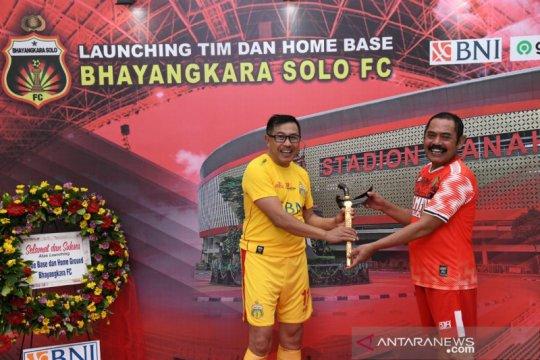 CEO Bhayangkara bermain pada laga persahabatan kontra Pemkot Surakarta