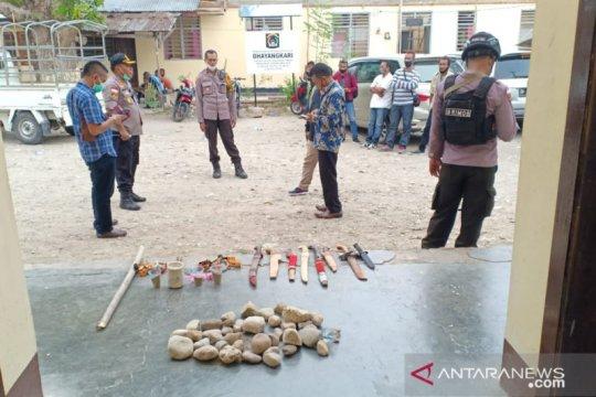 Polres Malaka tahan 13 orang pendukung calon bupati tawuran
