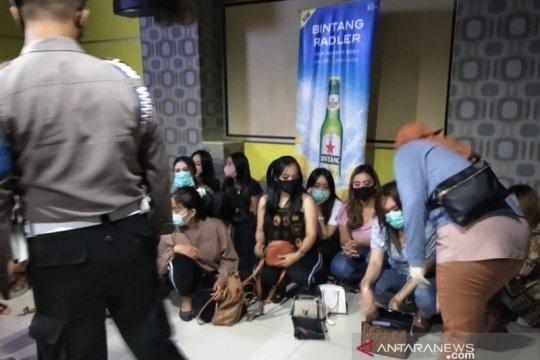 Lima orang posistif narkoba diamankan dari tempat hiburan malam
