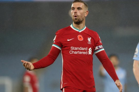 Jordan Henderson ingin  ke masa sepak bola tanpa VAR