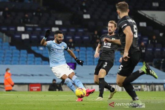 Liga Inggris : Manchester City cukur Burnley 5-0, Riyad Mahrez cetak trigol