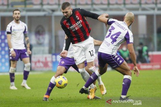 AC Milan umumkan Rade Krunic dan Ante Rebic positif COVID-19