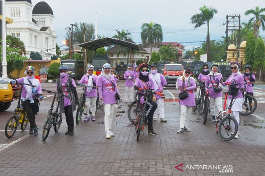 ACW peringati Hari Anti-Kekerasan Perempuan dengan gowes