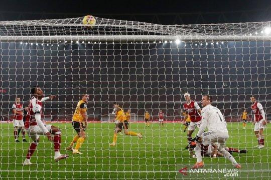 Arsenal terperosok tren buruk, dipecundangi Wolverhampton di Emirates