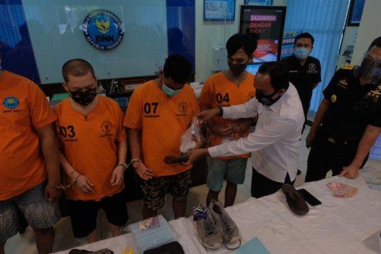 Selundupkan sabu dalam figura, pengedar jaringan Malaysia-Bali dibui