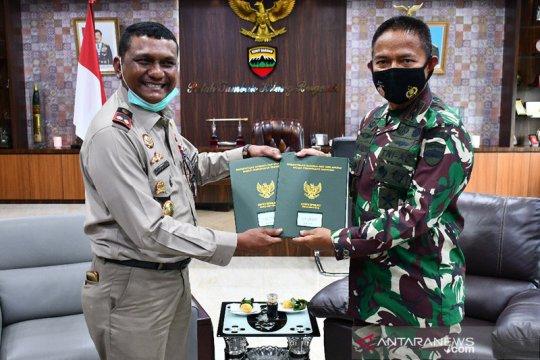 Pangdam I/BB terima sertifikat tanah kantor Bekangdam