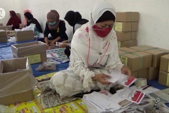 KPU Kota Banjarmasin mulai sortir dan lipat kertas suara pilkada