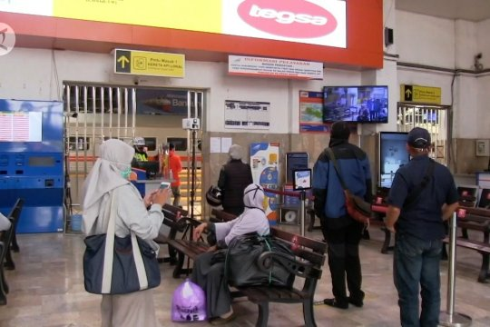 Penumpang KA jarak jauh Bandung capai 16 ribu selama libur panjang