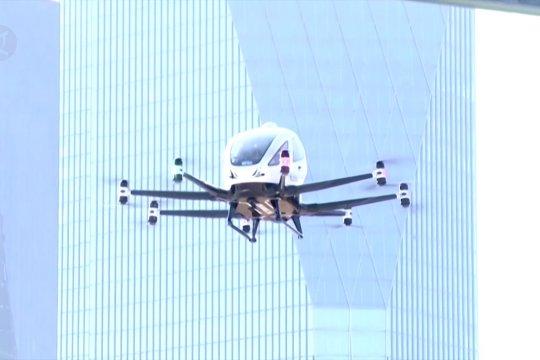 Menyaksikan uji terbang taksi drone di Seoul