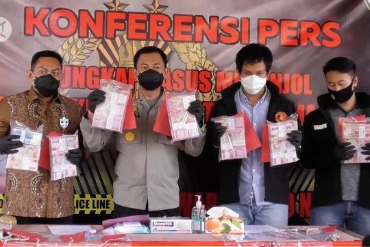 Polrestabes Semarang ringkus sindikat pembuat dan pengedar uang palsu