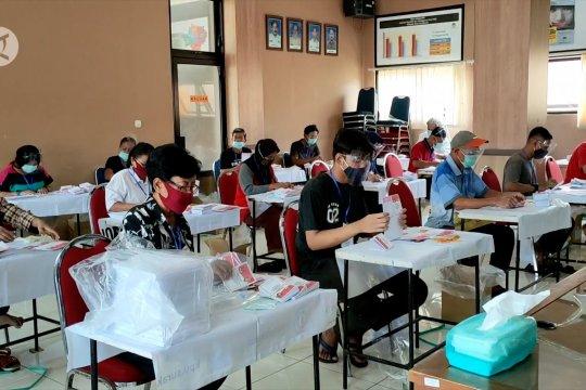 KPU Solo prioritaskan prokes saat penyortiran dan pelipatan surat suara