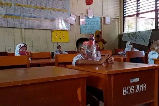 Mendikbud serahkan kewenangan izin sekolah tatap muka 2021 ke Pemda