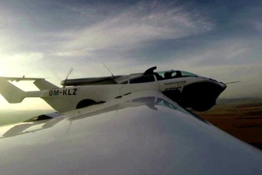 Mobil terbang lepas landas untuk pertama kalinya di Slovakia