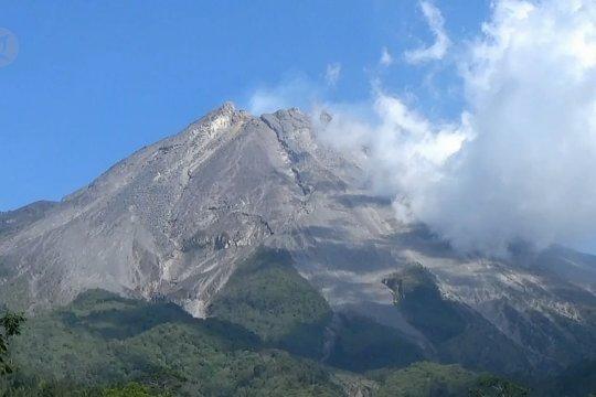 Gunung Merapi keluarkan dua kali guguran lava
