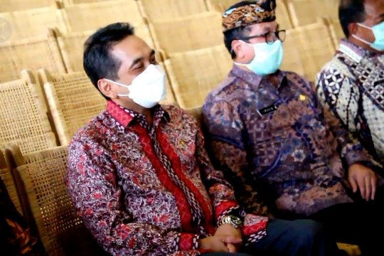 Mendag lepas ekspor produk kerajinan rotan asal Cirebon