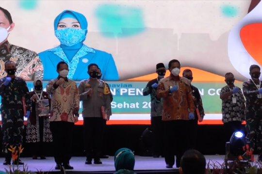 Gerakan lima juta masker untuk masyarakat Kepri