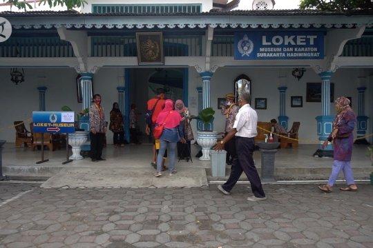 Wisata museum Keraton Surakarta kembali dibuka untuk umum