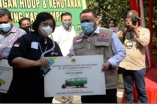 Menteri LHK resmikan Kebun Bibit Desa di Kampar Riau