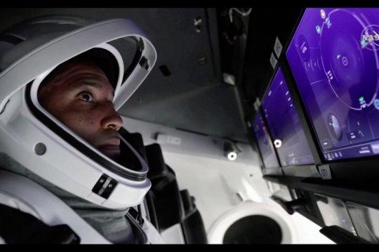 SpaceX akan meluncurkan misi astronot pertamanya ke ISS