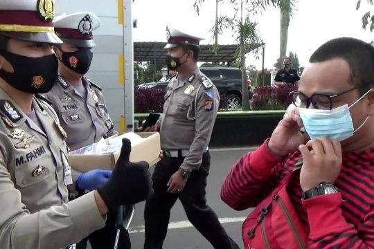 Operasi Zebra, Satlantas Polres Pandeglang sasar pengendara tak pakai masker