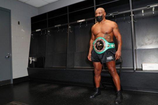 Holyfield dan Lennox Lewis bisa jadi lawan Mike Tyson berikutnya