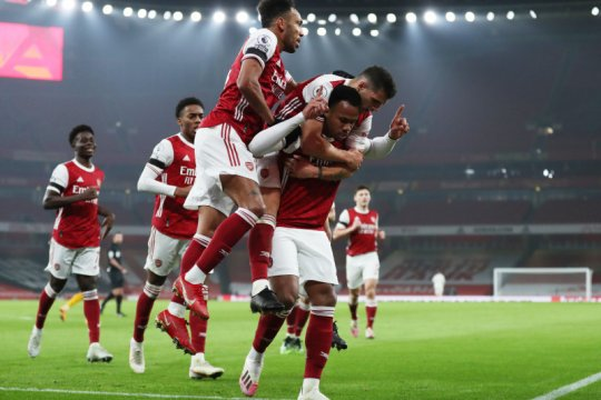 Undian Piala FA: Arsenal dijajal Newcastle, Spurs lawan Marine