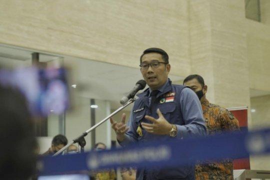 Ridwan Kamil berdoa untuk kesembuhan Anies Baswedan